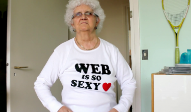 iim institut internet multimedia meme lulu lucienne moreau 380x222 - Lucienne, la mamie la plus décalée du net, donne ses conseils de pro