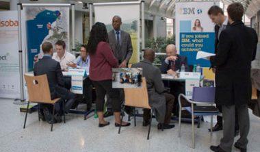 Forum des Entreprises 2012 380x222 - 80 entreprises viennent recruter les étudiants
