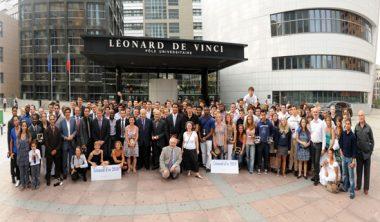 pulv leonard or photo groupe 1er juillet 2010 380x222 - 8e cérémonie des Léonard d'Or au Pôle Universitaire Léonard de Vinci présidée par Rama YADE