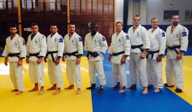 equipe france jujitsu 380x222 - Geoffrey, promo 2015, axe cinéma d'animation ... et au Championnat du Monde de Jujiitsu avec l'équipe de France