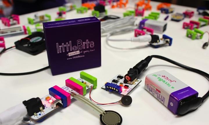 littlebits - Les étudiants en première année créent leurs premiers objets connectés !