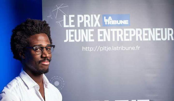 prix jeune entrepreneur - Oumar Kakou, promo 2014 du Bachelor en Communication Visuelle, au Prix du Jeune Entrepreneur