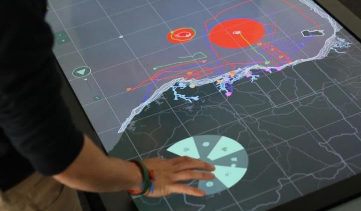 design interactif - Un outil de simulation et de gestion de crises maritimes interactif créé pour la Marine Nationale