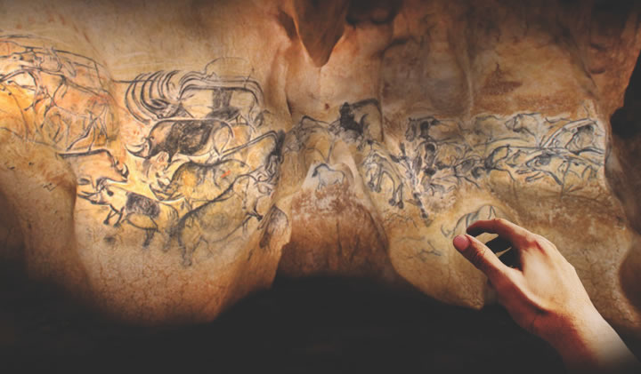 A virtual reality experience to immerse oneself in a paleolithic cave