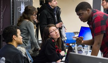 une bourse aux projets 380x222 - Learning by doing : ce que le mode projet apporte aux étudiants