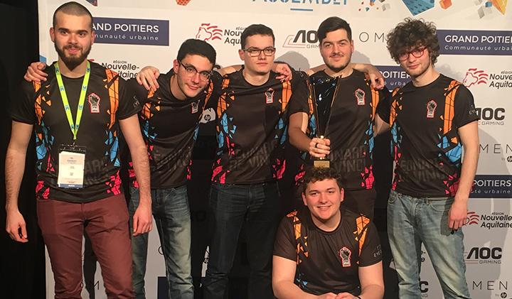 une LDV e sport team - L'équipe LDV E-sport remporte le titre de Champion Universitaire du tournoi Esport Student Series
