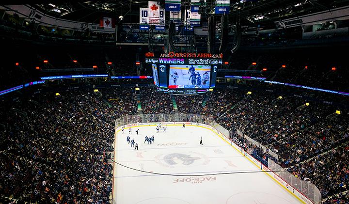 Hockey - Étudier au Canada : Valentine, promo 2019, en échange à Vancouver