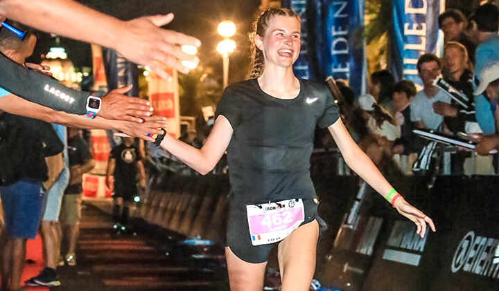 ironman arrivee laura yoann rochette - Laura, Class of 2019, Took Second Place in her Category at the Ironman in Nice