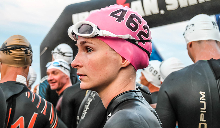 laura capellier ironman natation yoann rochette - Laura, Class of 2019, Took Second Place in her Category at the Ironman in Nice