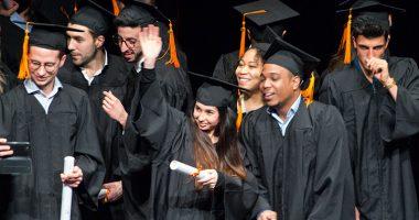 IIM remise diplome 380x200 - La rentrée en école de multimédia : la promo 2024 de l'IIM bien intégrée !