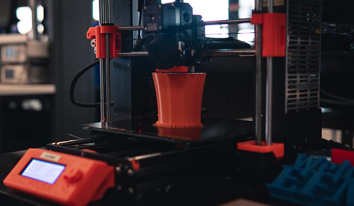 IIM electif impression 3D module - Impression 3D : cinq jours pour confectionner un objet au Fab Lab du Pôle Léonard de Vinci