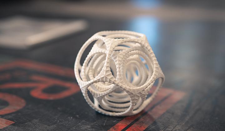 IIM impression 3D boule de cent ans - Impression 3D : cinq jours pour confectionner un objet au Fab Lab du Pôle Léonard de Vinci