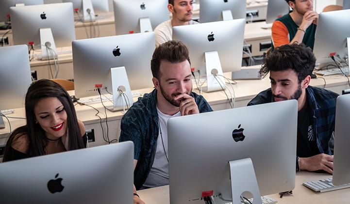 iim adobe sucess story creation design  - Dans les coulisses du tournage de l'Adobe Success Story de trois étudiants en Création & Design