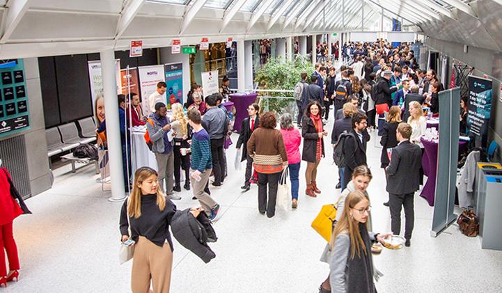 devinci career fair 2019 - Devinci Career Fair 2019 : 100 entreprises, 250 recruteurs et 3000 offres de stages sur le campus !