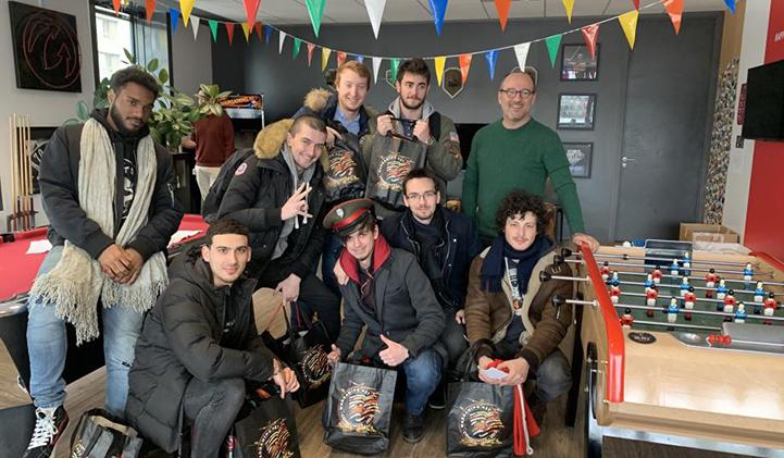 wargaming etudiants iim studio jeux video - Les étudiants en mastère Production et Marketing du Jeu Vidéo en visite chez Wargaming