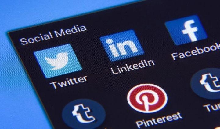reseaux sociaux actu - La moitié de la planète est sur les réseaux sociaux