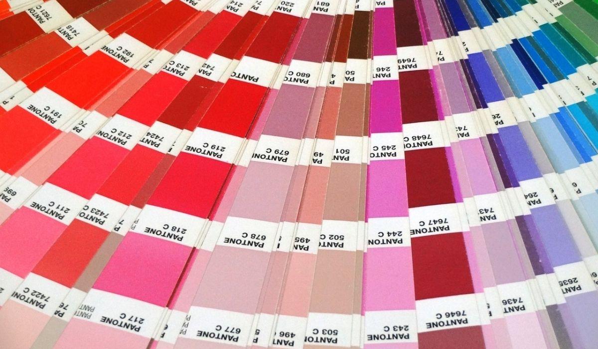 couleur pantone 2021 graphisme design - Pantone dévoile les couleurs phares de l'année 2021 : Ultimate Gray & Illuminating