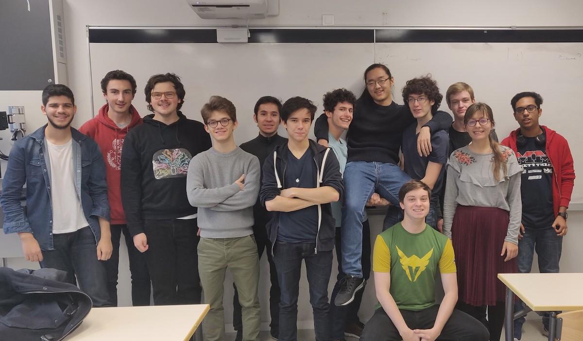 leoindiegames - LéoIndieGames, une association de développement de jeux vidéo au Pôle Léonard de Vinci