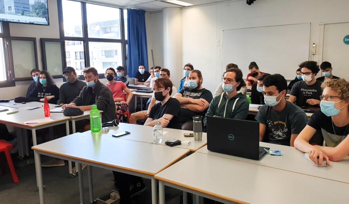 module montage video iim digital school 2 - Le montage vidéo, l'étape clef de l'art audiovisuel pour des étudiants de la promo 2022 en 3D et jeux vidéo
